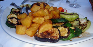 Grilled vegetables & potatoes