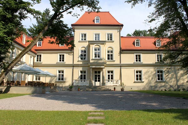 Sierakow Manor